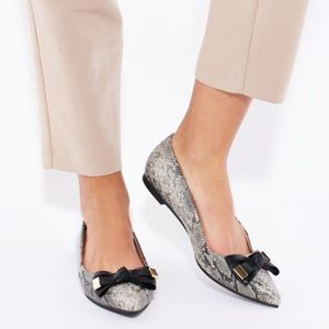 Topshop Pointed Flats Snakeskin Print Bow Apple